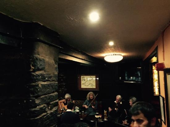 The Antiquary Bar: Top Bar With Great Folk Music Jam And Impressive Whiskey  Selection,