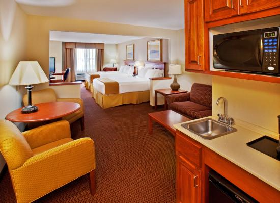 Sheldon, IA: Suite