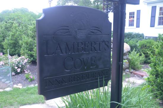 Lambert's Cove Restaurant: Pretty self explanatory :)