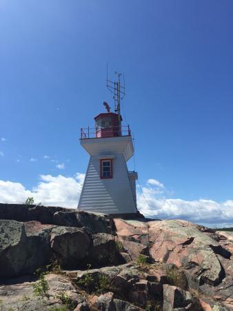 Lighthouse trail at Killarney mountain lodge