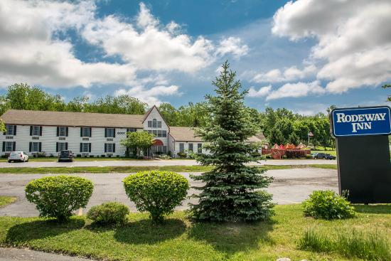 Photo of Rodeway Inn Lakeville