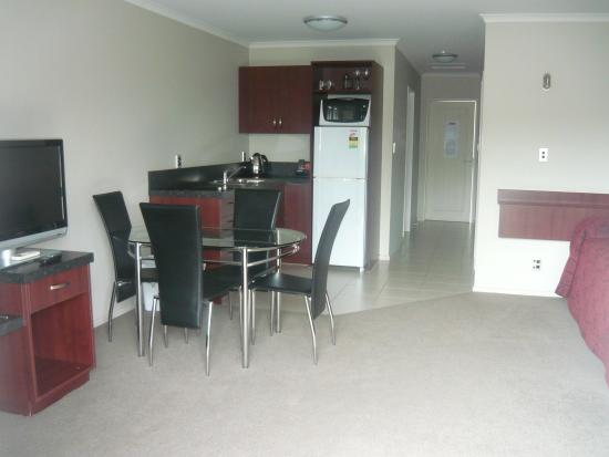 Avenue Motor Lodge: One bedroom Apartment