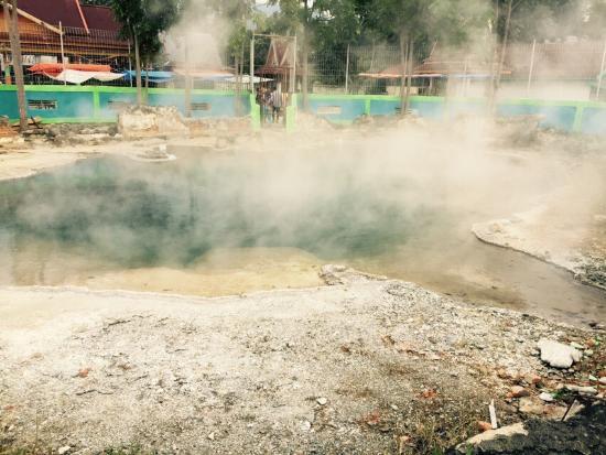 Jambi, Indonesia: Hot Spring Gao Semurup