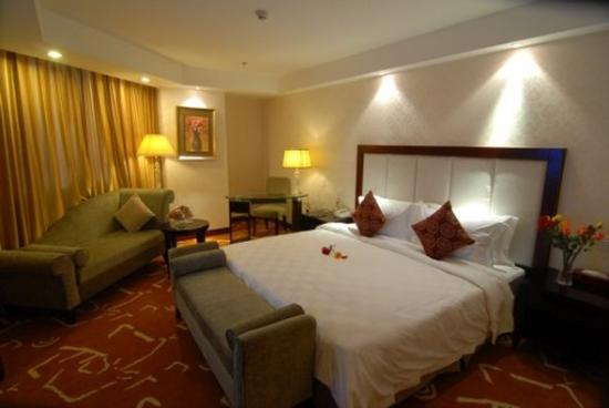Sapphire Hotel : Other