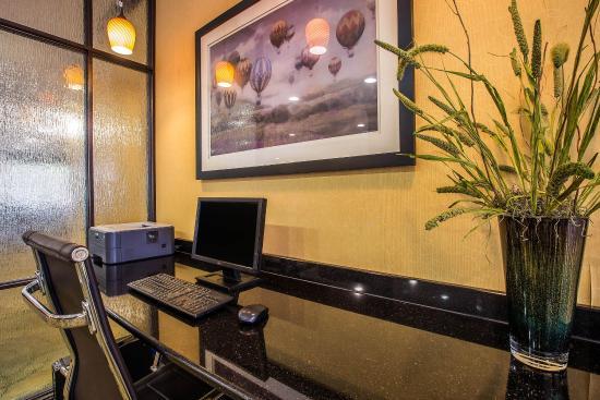Comfort Suites: SCComp