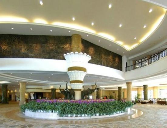 Universal Resort: Lobby