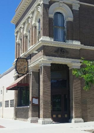 Plattsmouth, NE: River House Cafe
