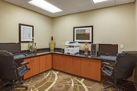 La Quinta Inn & Suites Tupelo: Business center