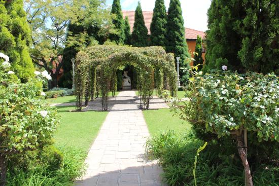 Midrand Conference Centre: The Gardens at Midrand
