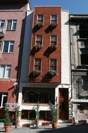 All Day Istanbul Hotel: Exterior