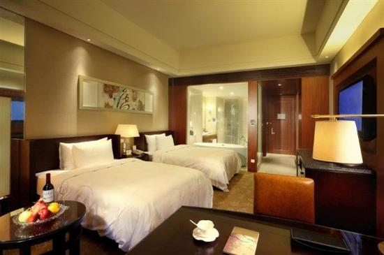 Quanzhou Guest House: Deluxe Twin Room