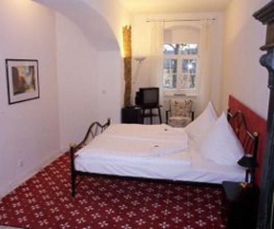 Sächsischer Hof: Single Room