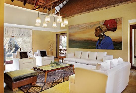 Zulu Camp: TV Room