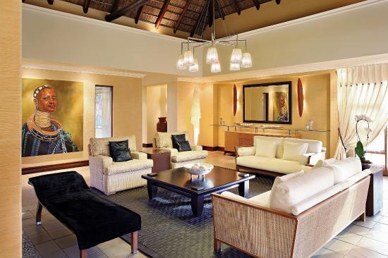 Zulu Camp: Living Room