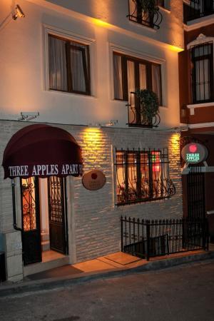 Three Apples Taksim Suites: Three Apples Hotel Exterior