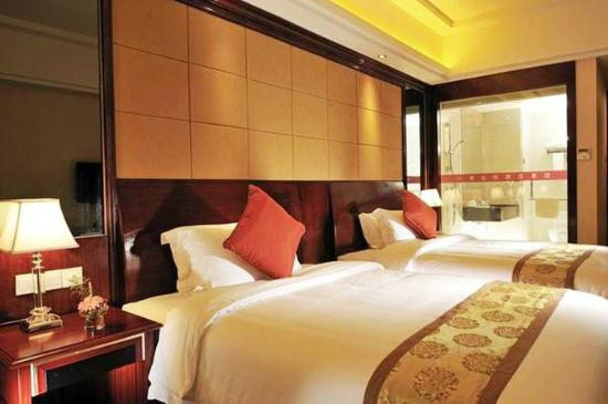 A little like a Tokyo love hotel - Review of Vienna Hotel Shenzhen Fuhua,  Shenzhen, China - TripAdvisor