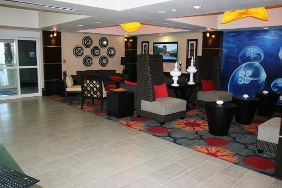 Holiday Inn Express & Suites Corpus Christi North: Lobby Lounge
