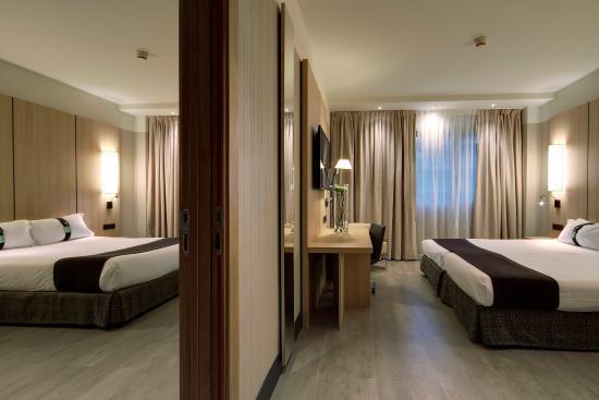 Connecting Rooms Davanzati Hotel: Picture Of Hotel Holiday Inn Bilbao