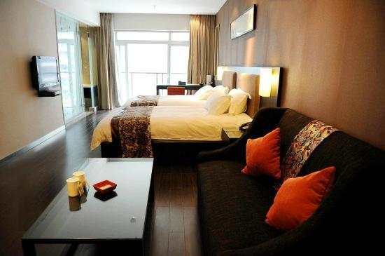 โรงแรมเช็งดูไนน์พอยท์อินเตอเนชั่นแนล: Other