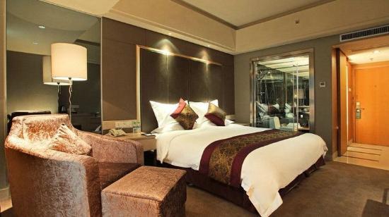 Jinyi Hotel
