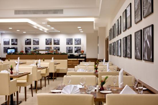 Radisson Blu Hotel, Kyiv Podil : Restaurant Radisson Blu Hotel Kyiv Podil