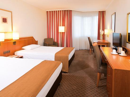 Photo of Leonardo Hotel Düsseldorf City Center
