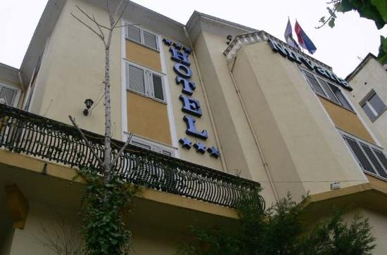 Photo of Nirvana Hotel Tirana