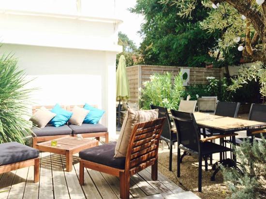 Terrasse Bar A Vins Le New Vintage Picture Of La Villa Ouest