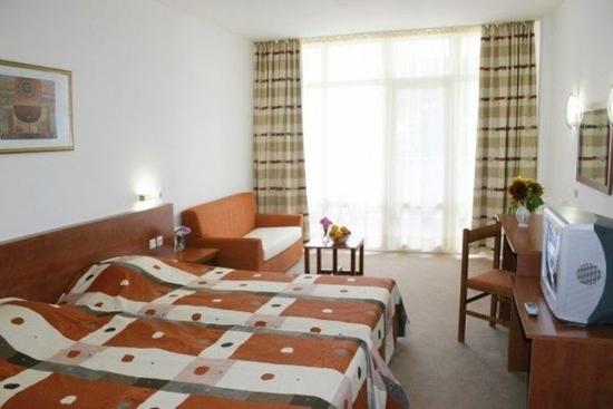 Hotel Fenix Sunny Beach Reviews