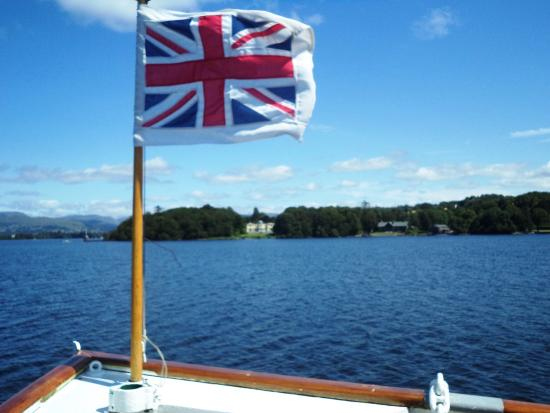 Bowness-on-Windermere, UK: Views from the boat