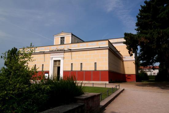 Pompejanum: Помпеянум