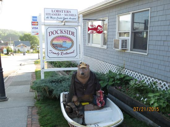 Dockside Family Restaurant Sign
