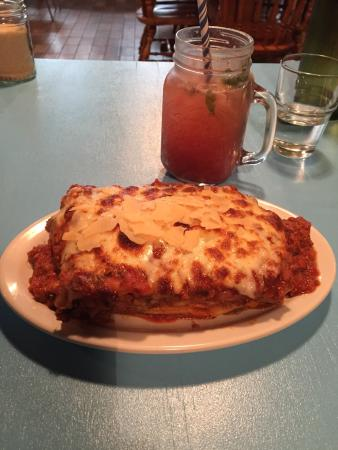 The Inverloch Pizza Place