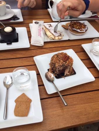 Pasteleria De Sabors: Очень шоколадное...шоколад горький