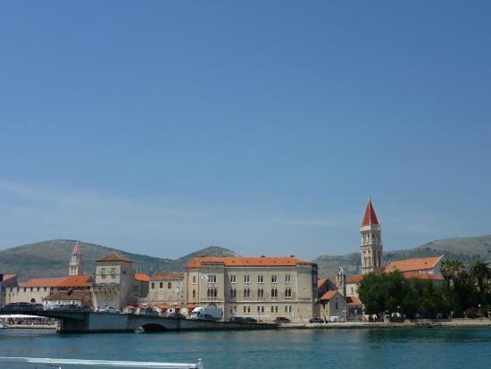 Vanjaka B&B: vue du vieux Trogir