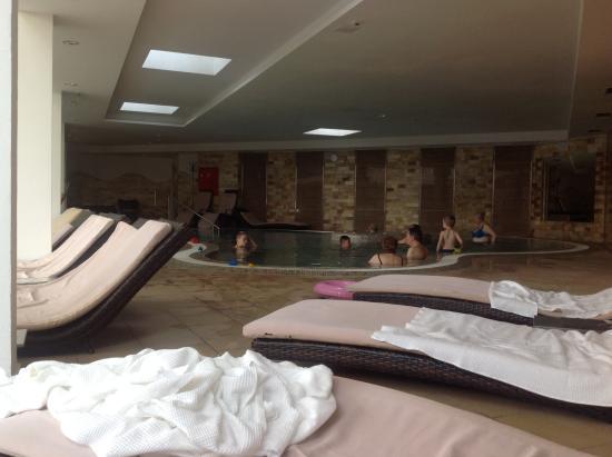 Hotel Atlantis : Бассейн с джакузи