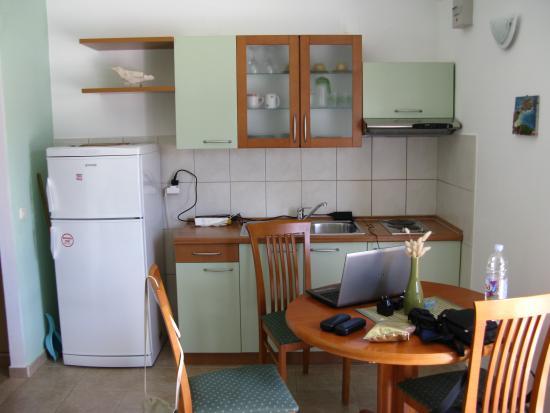 Villa Laguna: The nice kitchen