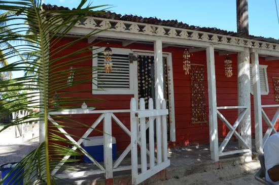 Restaurant area where meals are served photo de casa rural el paraiso de saona isla saona - Casa rural el paraiso ...