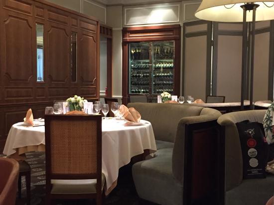 Chijmes Lei Garden Restaurant Elegant Modern Chinese Interior
