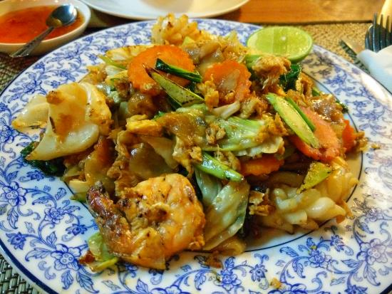Sea Breeze: main meal -fried rice noodle with seafood