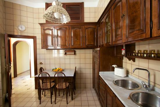 Sine Tempore Holiday Apartments: Cucina