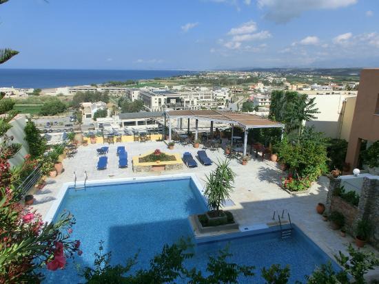 Aphea Village: Blick von den oberen Apartments