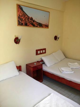 Fethiye Guest House: Simple rooms
