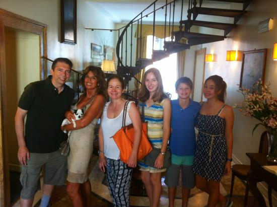 Hotel Fontanella Borghese: Berteros' family. We love this family