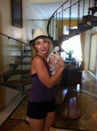 Hotel Fontanella Borghese: She is Eva and she loves shu-shu