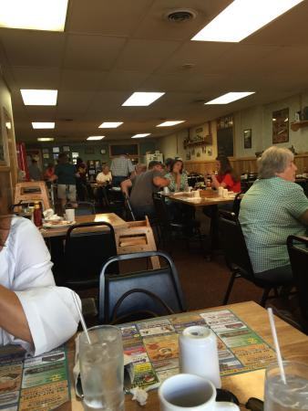 Fowlerville, MI: Olden Days Cafe Incorporated