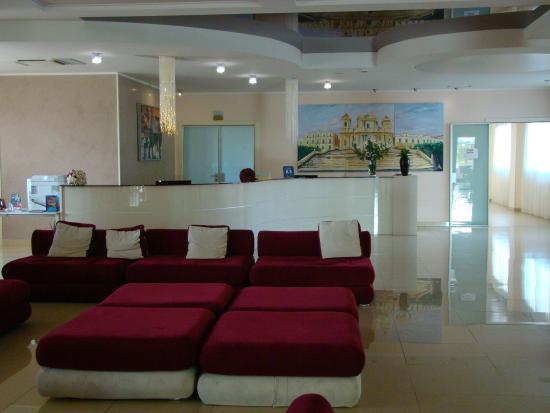 Grand Hotel Sofia: reception