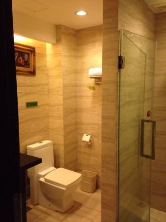 Vienna Hotel Shenzhen Chunfeng: photo1.jpg