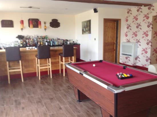 Breville, Frankreich: Bar lounge area