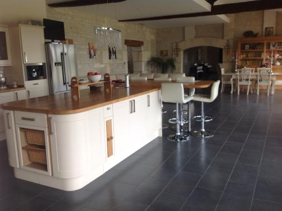 Breville, Frankreich: Breakfast area